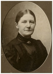 """Marie Kristine Madsen (1856-1930) gm Jens Balsen Pedersen """"Hovmark"""" (1854-1896)"""